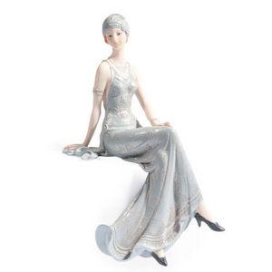 Maisons du monde - statuette assise lady elisabeth - Figurita