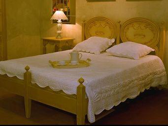PROVENCE ET FILS - lit fado - couchage 160 / structure patin�e et s�r - Cama De Matrimonio