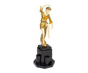 Demeure et Jardin - statue danseuse - Estatuilla