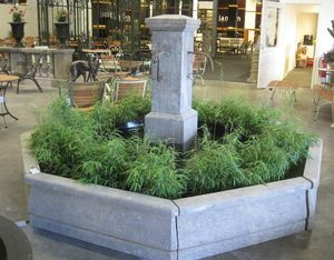 Livingstone Terrasso - fountain with 4 taps - Fuente Exterior
