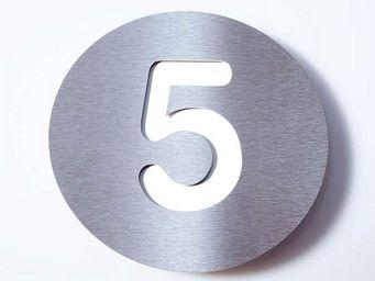 RADIUS -  - Número De Puerta
