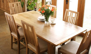 Sitting Firm -  - Comedor