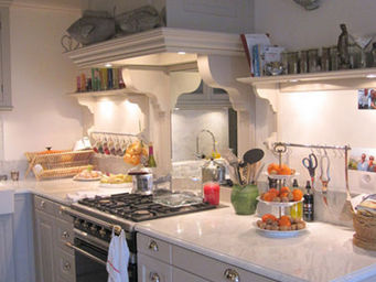 Luc Perron Creation - sur mesure style campagne chic - Cocina Equipada