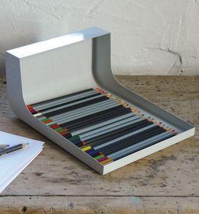 ATELIER D'EXERCICES - etal à crayons - Portamatite