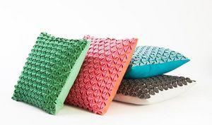 AVEVA-DESIGN -  - Cuscino Quadrato
