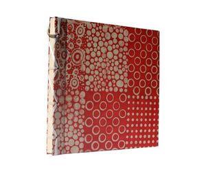 LE GRENIER D'ALISSINA - 4 motifs rouge - Album Fotografico