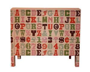 BRYONIE PORTER - alphabet chest  - Cassettiera Bambino