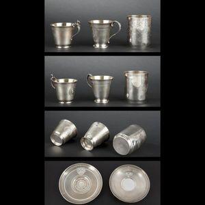Expertissim - deux tasses et une timbale en argent d'époque nap - Bicchiere Di Metallo