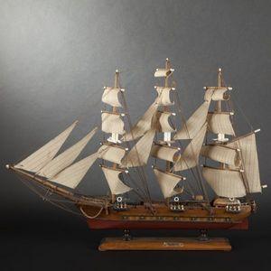 Expertissim - maquette d'une frégate - Modellino Barca