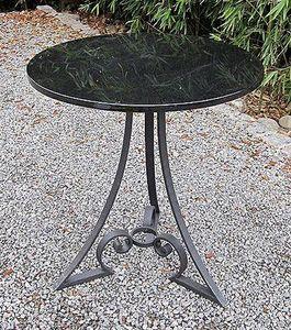 Replicata -  - Tavolo Da Giardino Rotondo