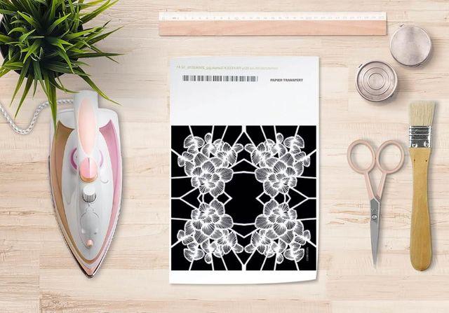 la Magie dans l'Image - Trasferibile-la Magie dans l'Image-Papier transfert Graphic Flowers Black